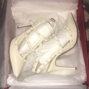 White Valentino heel brand new !